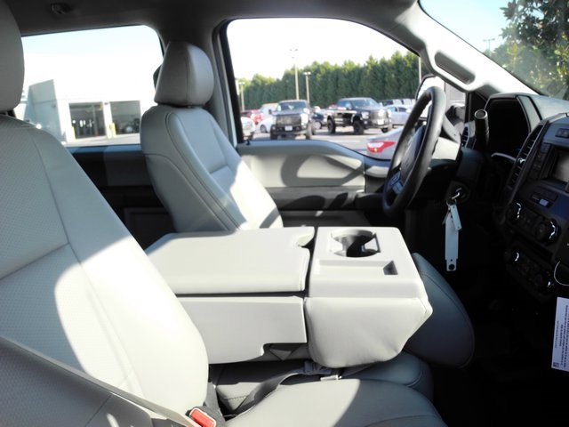 2017 F-550 Crew Cab DRW 4x4, Reading Service Body #EB30616 - photo 5