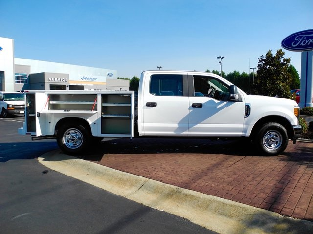 2017 F-250 Crew Cab, Knapheide Service Body #EB42069 - photo 10
