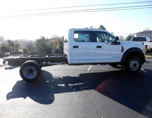 2017 F-450 Crew Cab DRW, Cab Chassis #EC04002 - photo 9