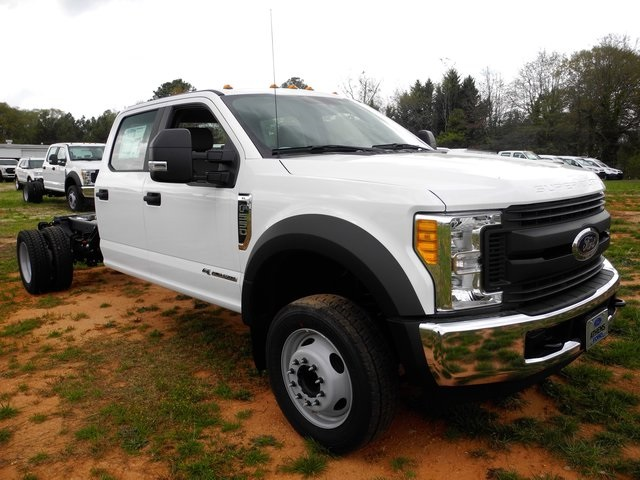 2017 F-550 Crew Cab DRW, Cab Chassis #EC04003 - photo 3