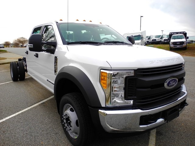 2017 F-450 Crew Cab DRW, Cab Chassis #EC04072 - photo 3