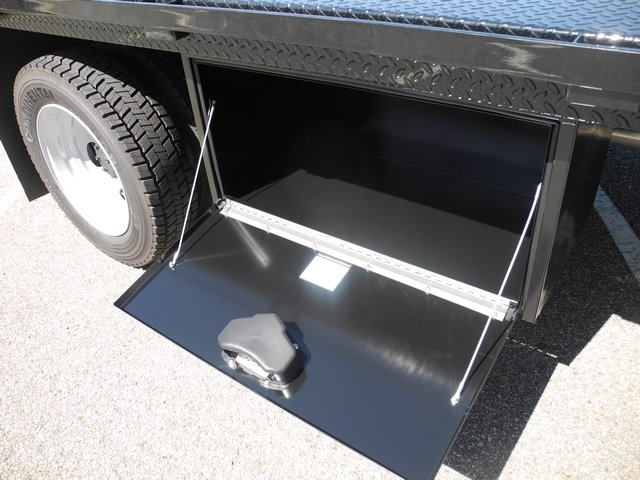 2017 F-550 Crew Cab DRW 4x4, CM Truck Beds Platform Body #EC04077 - photo 12