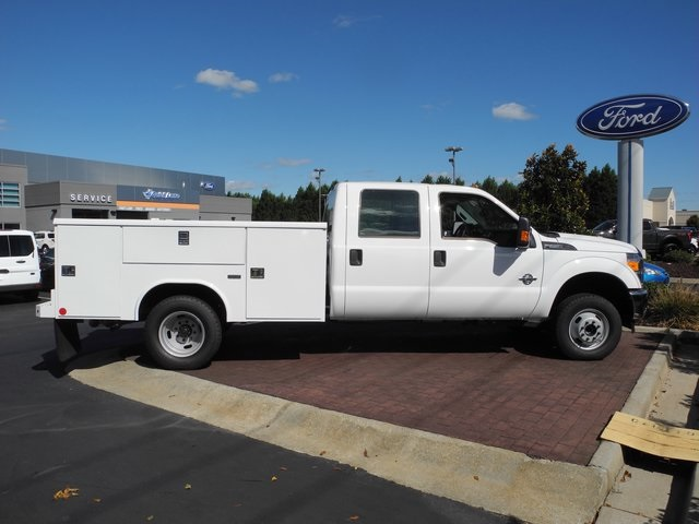 2016 F-350 Crew Cab DRW 4x4, Reading Service Body #EC76057 - photo 10