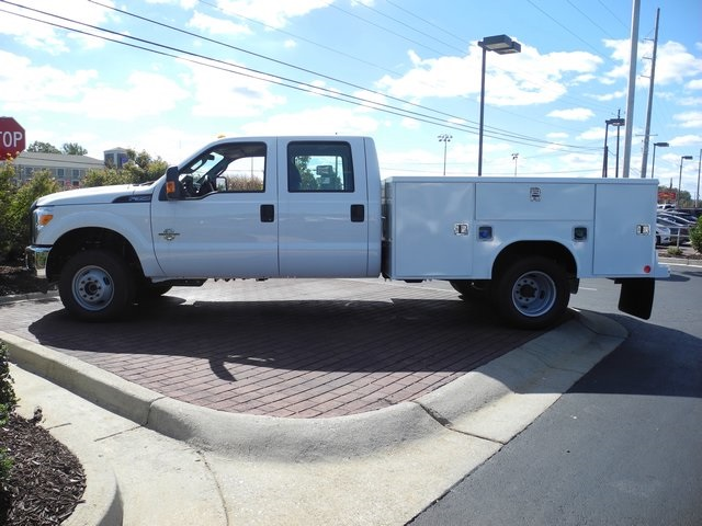 2016 F-350 Crew Cab DRW 4x4, Reading Service Body #EC76057 - photo 17