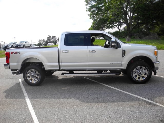 2017 F-250 Crew Cab 4x4, Pickup #ED23067 - photo 10