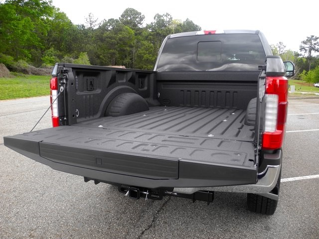 2017 F-250 Crew Cab 4x4, Pickup #ED23068 - photo 9