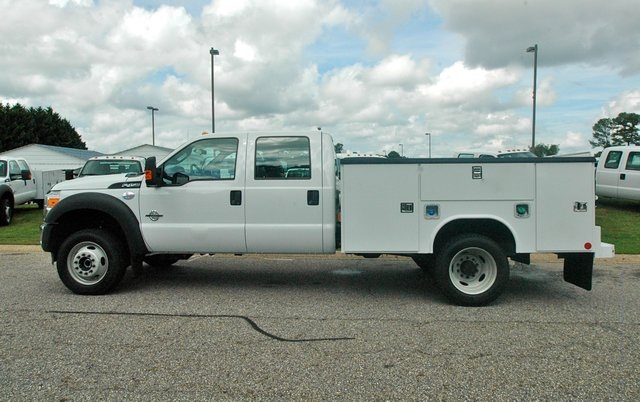 2016 F-450 Crew Cab DRW 4x4, Reading Service Body #ED31776 - photo 5