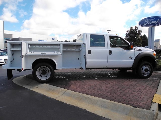 2016 F-550 Crew Cab DRW 4x4, Reading Service Body #ED31777 - photo 8