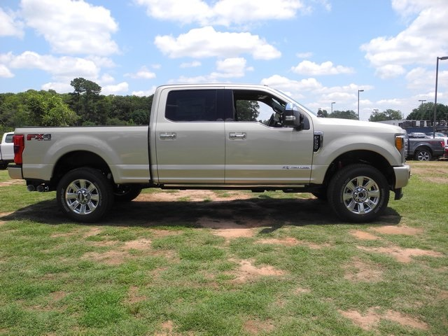 2017 F-350 Crew Cab 4x4, Pickup #ED39296 - photo 10
