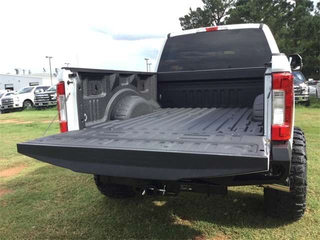 2017 F-250 Crew Cab 4x4, Pickup #ED39483 - photo 22
