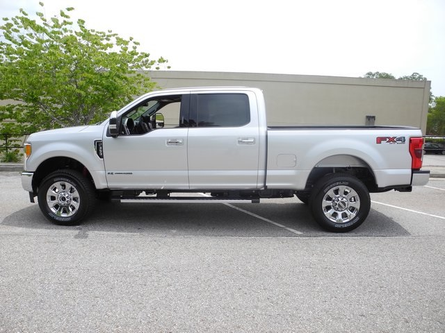 2017 F-350 Crew Cab 4x4, Pickup #ED48425 - photo 16