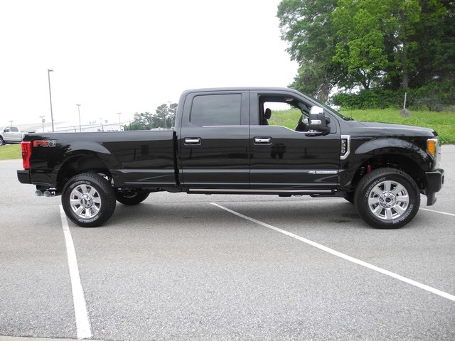 2017 F-350 Crew Cab 4x4, Pickup #ED48426 - photo 11