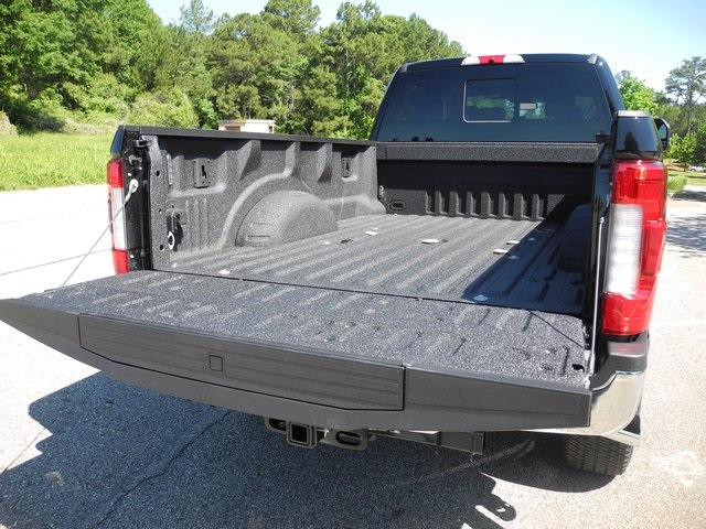 2017 F-350 Crew Cab 4x4, Pickup #ED48430 - photo 9