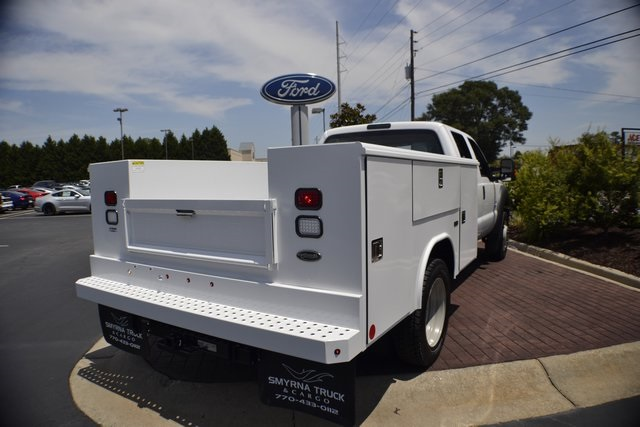 2016 F-550 Crew Cab DRW 4x4, Service Body #ED49161 - photo 2