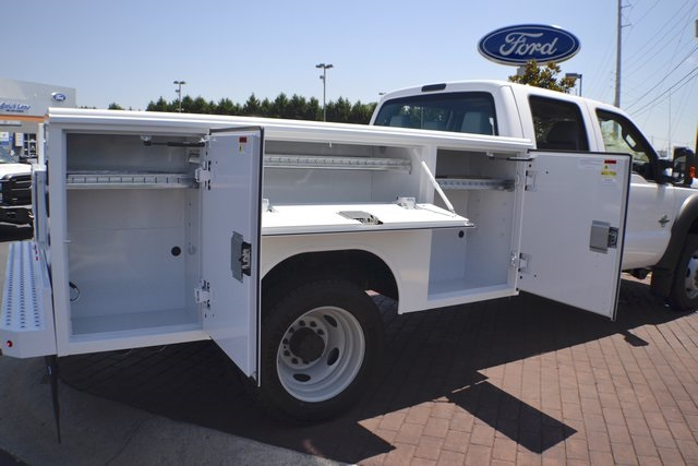 2016 F-550 Crew Cab DRW 4x4, Reading Service Body #ED49164 - photo 12