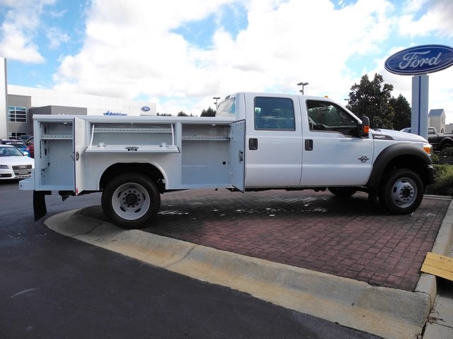 2016 F-550 Crew Cab DRW 4x4, Reading Service Body #ED49165X - photo 5