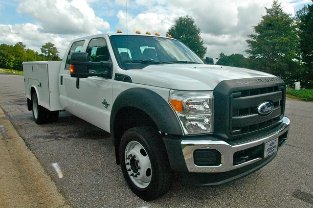 2016 F-550 Crew Cab DRW 4x4, Reading Service Body #ED49166X - photo 10