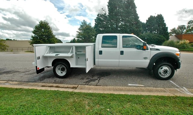 2016 F-550 Crew Cab DRW 4x4, Reading Service Body #ED49166X - photo 14