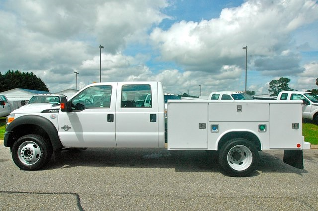2016 F-550 Crew Cab DRW 4x4, Service Body #ED49166X - photo 19