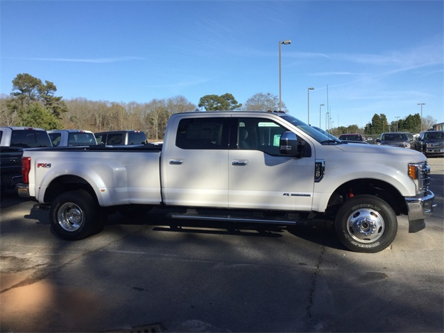2017 F-350 Crew Cab DRW 4x4, Pickup #ED64014 - photo 9