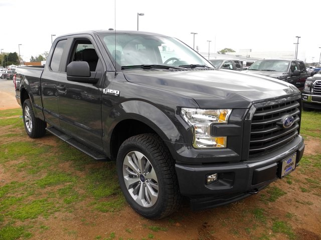 2017 F-150 Super Cab 4x4, Pickup #FA00270 - photo 4