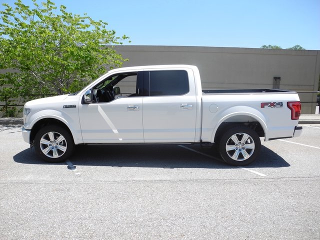 2017 F-150 SuperCrew Cab 4x4, Pickup #FB38913 - photo 17