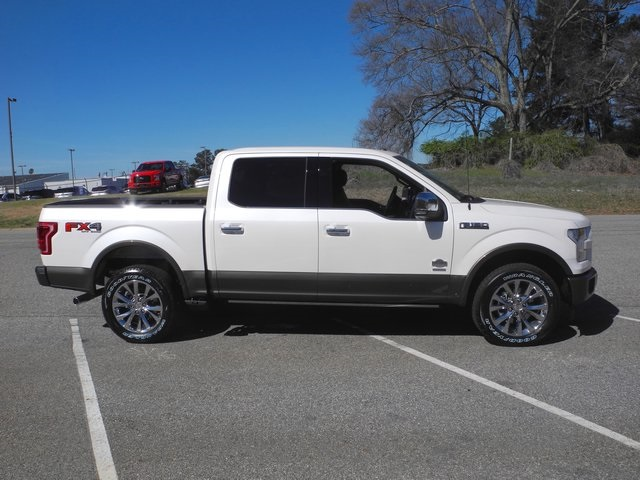 2017 F-150 SuperCrew Cab 4x4, Pickup #FB38916 - photo 10