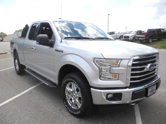 2017 F-150 Super Cab 4x4, Pickup #FB73192 - photo 3