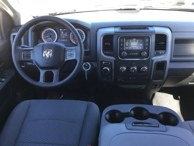 2017 Ram 1500 Crew Cab 4x4 Pickup #7R0194 - photo 10