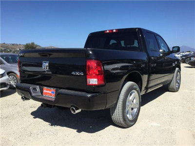 2017 Ram 1500 Crew Cab 4x4 Pickup #7R0194 - photo 6