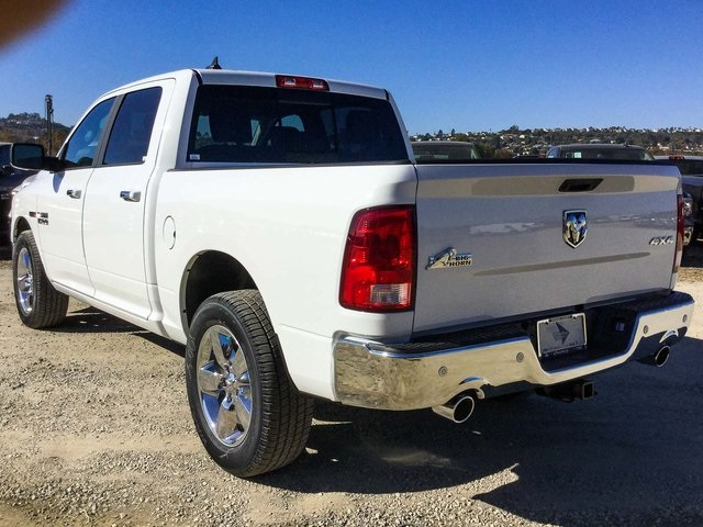 2017 Ram 1500 Crew Cab 4x4, Pickup #7R1181 - photo 2