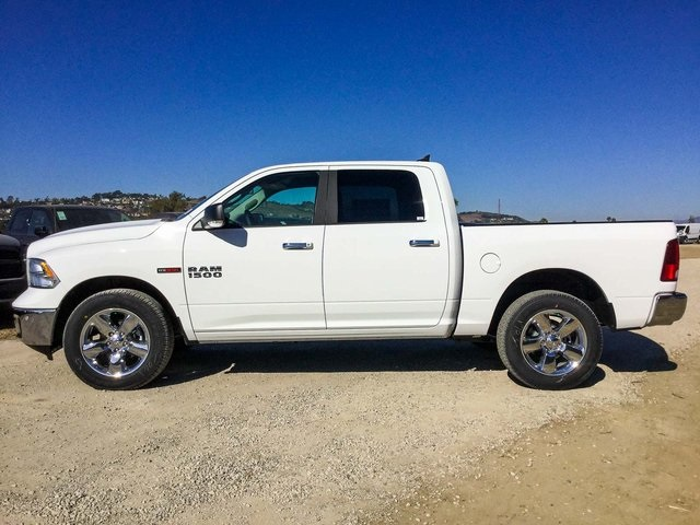 2017 Ram 1500 Crew Cab 4x4, Pickup #7R1181 - photo 8
