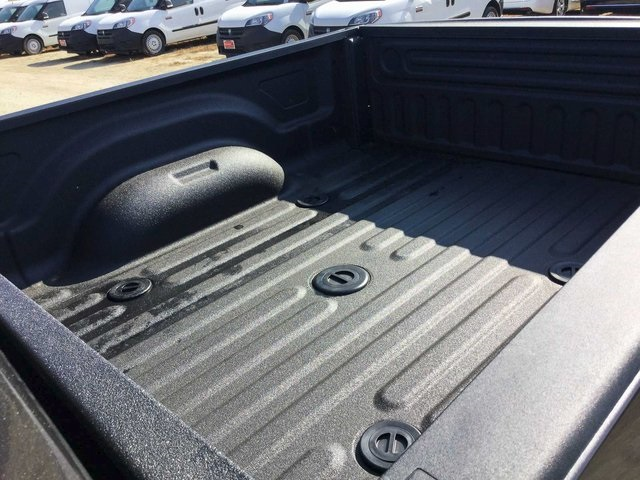 2018 Ram 2500 Crew Cab 4x4, Pickup #8R0079 - photo 21
