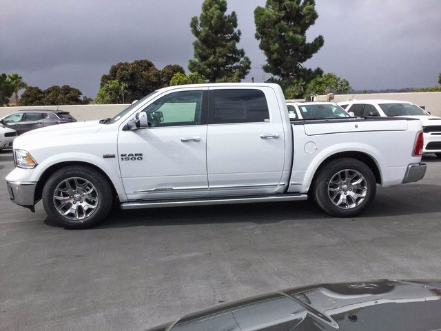 2018 Ram 1500 Crew Cab 4x4 Pickup #8R0098 - photo 5