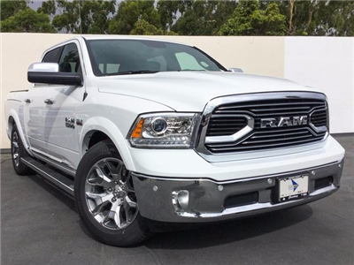 2018 Ram 1500 Crew Cab 4x4 Pickup #8R0098 - photo 3