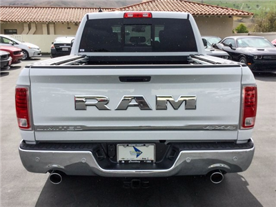 2018 Ram 1500 Crew Cab 4x4 Pickup #8R0098 - photo 6