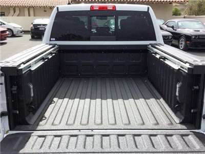2018 Ram 1500 Crew Cab 4x4 Pickup #8R0098 - photo 7