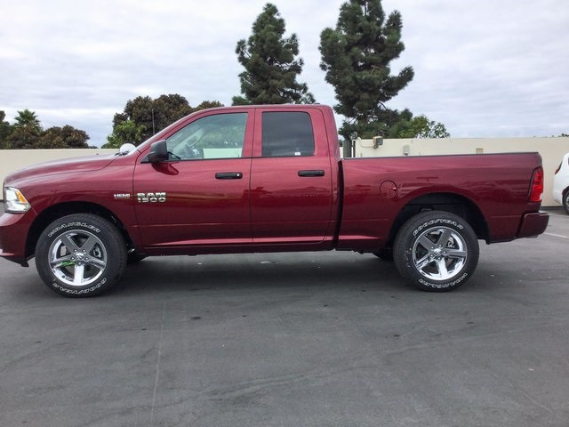2018 Ram 1500 Quad Cab 4x4, Pickup #8R0189 - photo 5