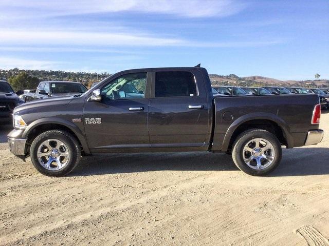 2018 Ram 1500 Crew Cab 4x4, Pickup #8R0201 - photo 8