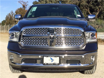 2018 Ram 1500 Crew Cab 4x4, Pickup #8R0201 - photo 3
