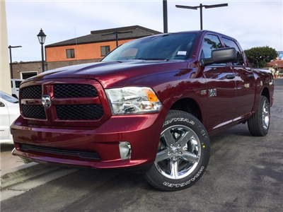 2018 Ram 1500 Crew Cab 4x2,  Pickup #8R0216 - photo 1