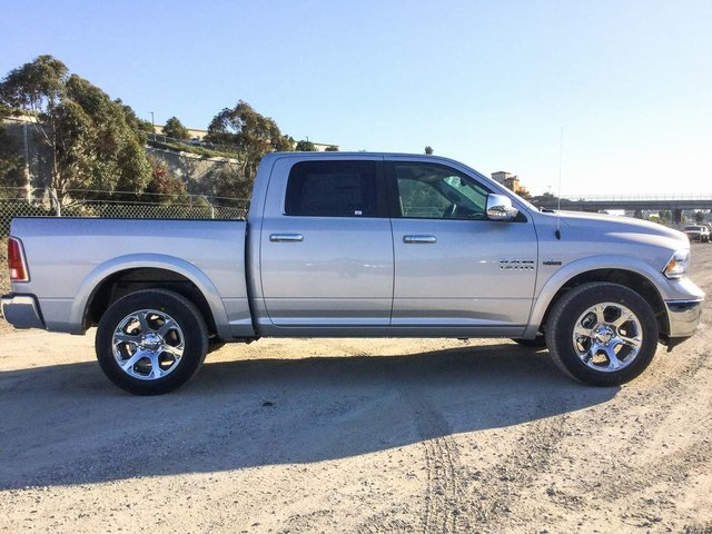 2018 Ram 1500 Crew Cab 4x4, Pickup #8R0236 - photo 5
