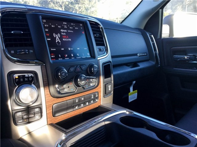 2018 Ram 1500 Crew Cab 4x4, Pickup #8R0236 - photo 15