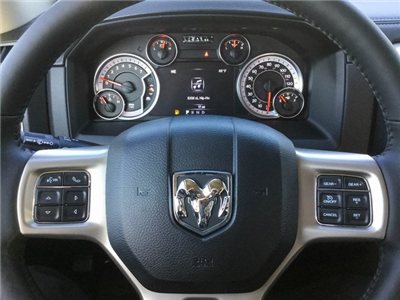 2018 Ram 1500 Crew Cab 4x4 Pickup #8R0236 - photo 20