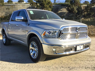 2018 Ram 1500 Crew Cab 4x4, Pickup #8R0236 - photo 4