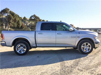 2018 Ram 1500 Crew Cab 4x4 Pickup #8R0236 - photo 5