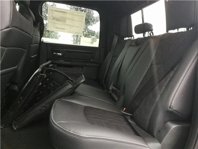 2018 Ram 1500 Crew Cab Pickup #8R0301 - photo 10