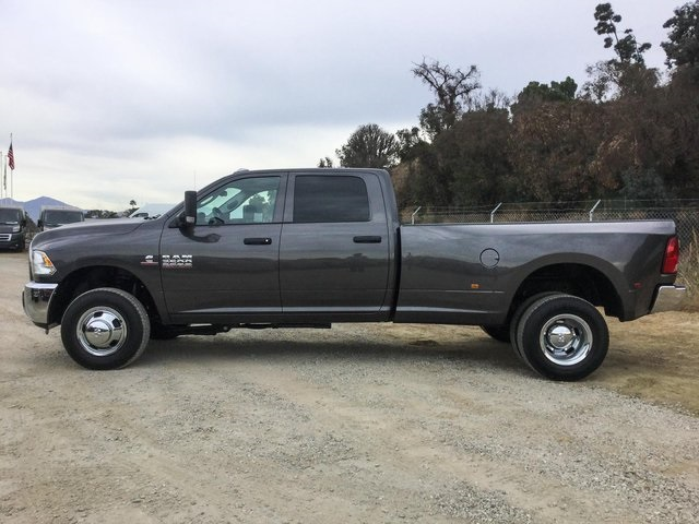2018 Ram 3500 Crew Cab DRW 4x4, Pickup #8R0343 - photo 9