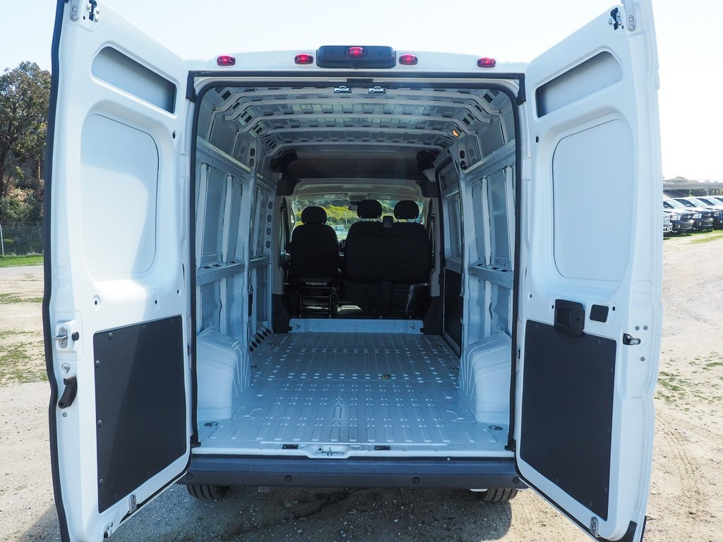 2018 ProMaster 2500 High Roof, Cargo Van #8R0438 - photo 2
