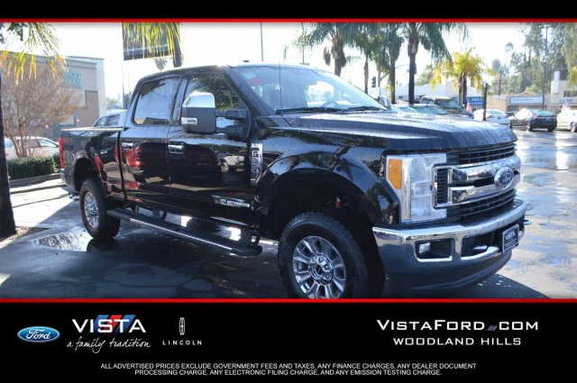 2017 F-250 Crew Cab 4x4,  Pickup #172058 - photo 1